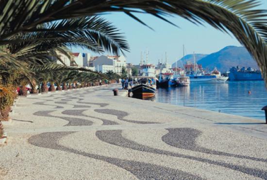 Argostoli Port.jpg