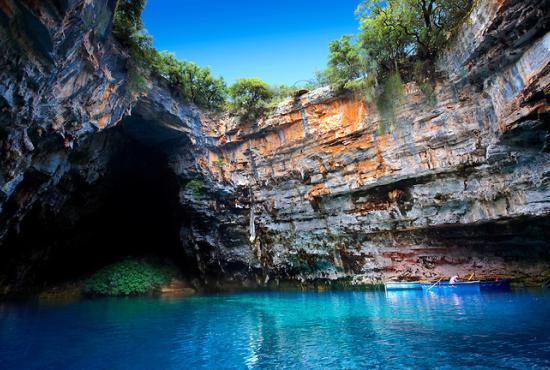 FISCARDO , TOUR TO MYRTOS -MELISSANI LAKE-ST. GERASIMOS
