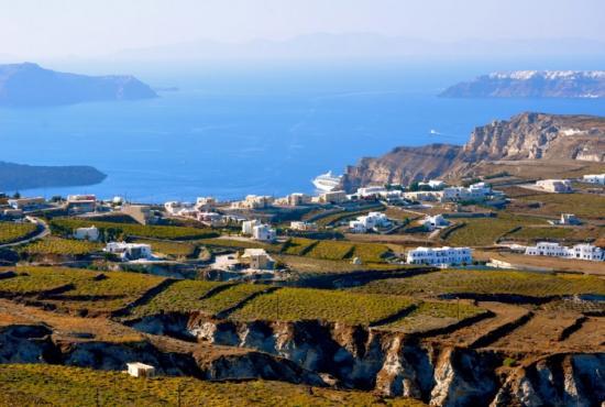 Santorini, Tour to Akrotiri excavation ,Oia & Fira town
