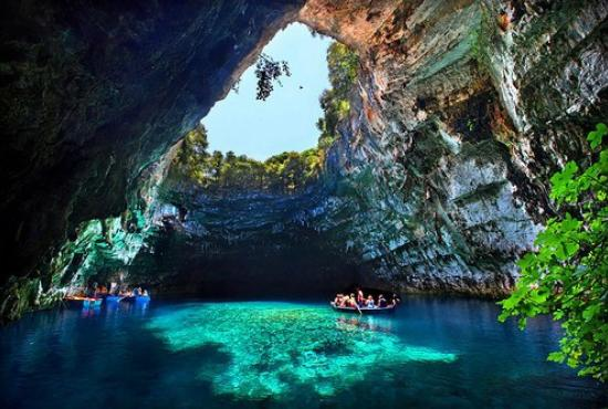 KEFALONIA: TOUR TO AGHIOS ANDREAS – WINERY- MELISSANI- SAMI