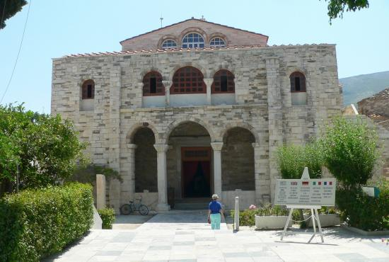 PAROS: EKATONTAPILIANI CHURCH   PARIKIA-MARATHI- LEFKES - NAOUSSA