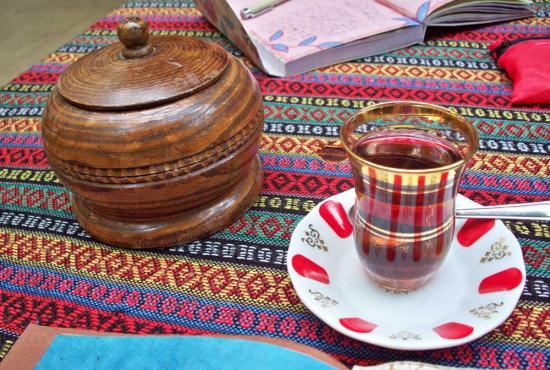 tea-in-grand-bazaar.jpg