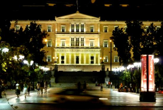 athens_syntagma_night5.jpg