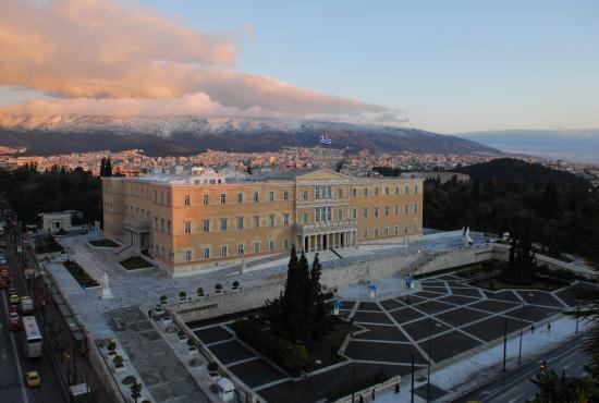 greek-parliament-1..jpg
