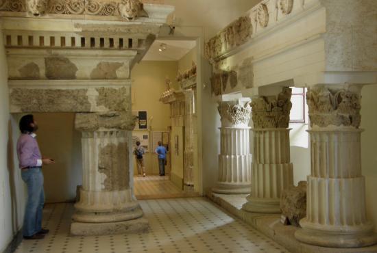 museum2_epidauros1.jpg