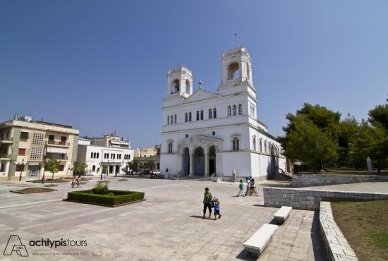 """Every Day Life, Greece"" - Walking Tour in Pyrgos City"