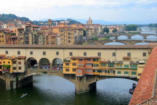 ial6florence_ponte_vecchio.jpg
