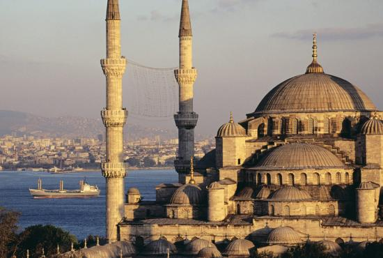 blue-mosque-and-the-bosphorus.jpg