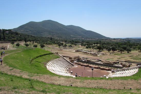 Tour from Kalamata to Ancient & Modern Messene & the Archadian Gate