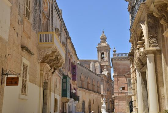 Tour to Mdina Medieval City & Hagar Qim