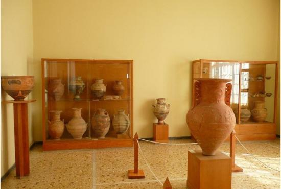 Santorini Tour - Akrotiri & Archaeological Museum  Shore ...