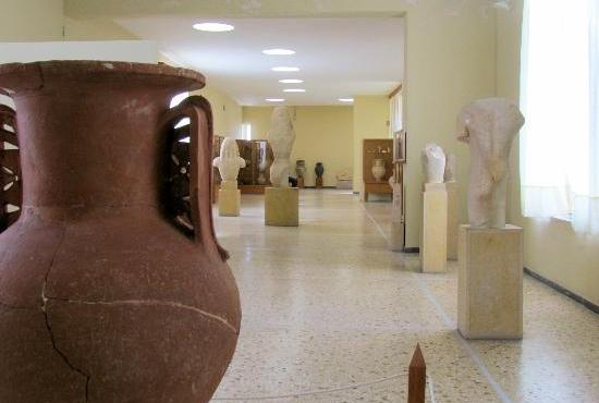Santorini Tour - Akrotiri & Archaeological Museum