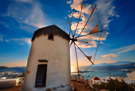 Mykonos-overview-windmill_ALAMY-large.jpg