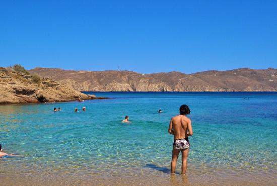 Mykonos-Agios-Sostis-Beach-Kikis-3.jpg
