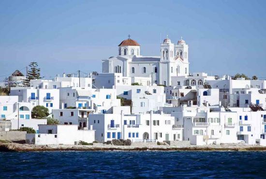 Paros-Island-6052811-smallTabletRetina.jpg