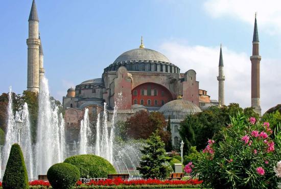Istanbul-Hagia-Sophia.jpg
