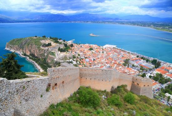 istoria-nayplio-nafplio-town-and-harbor-seen-from-the-walls-of-palamidi-fortress-greece-868-13ef.jpg