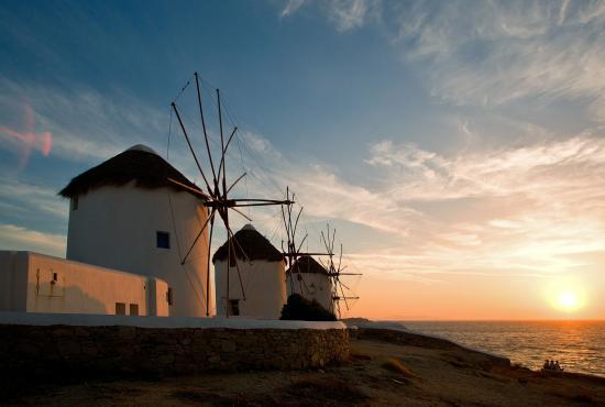 mykonos-windmills_nice2.jpg