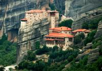 Volos-Meteora Monasteries with lunch