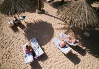 El Sheikh port-Relax at the beach