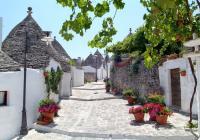 Charming Alberobello Tour